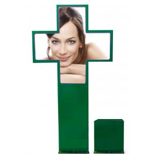 Cruz de Farmacia Full Color P8 840x840mm Exterior